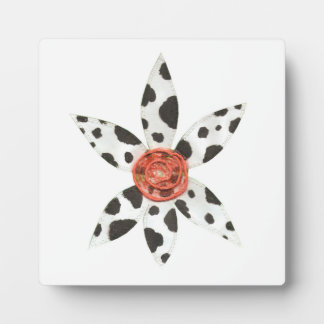 Daisy Cow No Background on an Easel Plaque