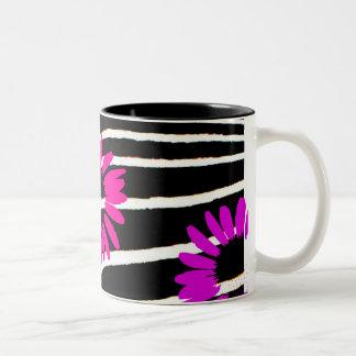 """""""Daisy Crazy"""" Two-Tone Mug"""