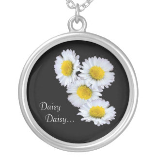 Daisy Daisy in Yellow Round Pendant Necklace