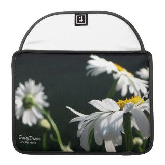 Daisy Dream MacBook Sleeve