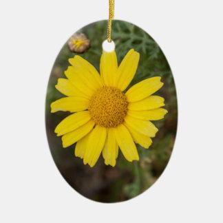 Daisy flower cu yellow christmas ornament