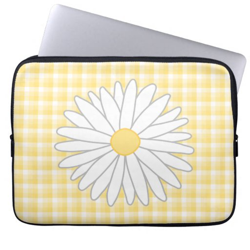 Daisy Flower in Yellow and White. Computer Sleeve