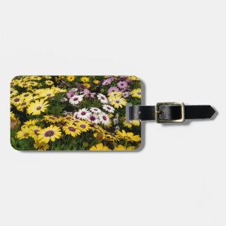 Daisy garden luggage tag