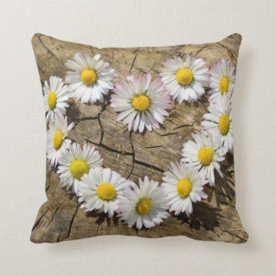 Daisy heart print decorative throw pillow