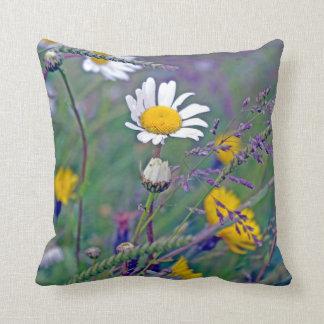 daisy in the field cushion