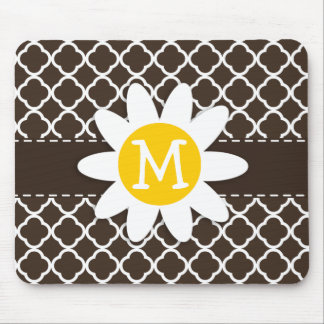 Daisy on Bistre Brown Quatrefoil Mouse Mat