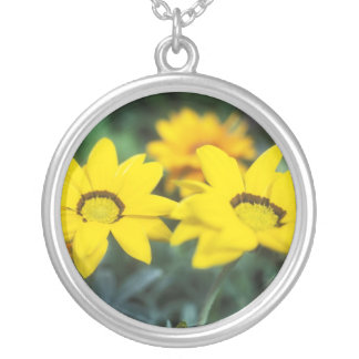 Daisy Round Silver Necklace