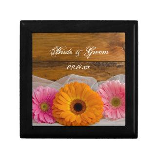 Daisy Trio Country Wedding Small Square Gift Box