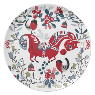 Dalecarlian horse and cowberries party plates