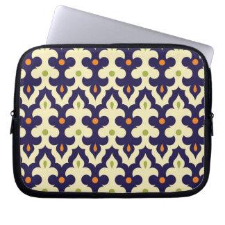 Damask paisley arabesque Moroccan pattern girly Laptop Computer Sleeve