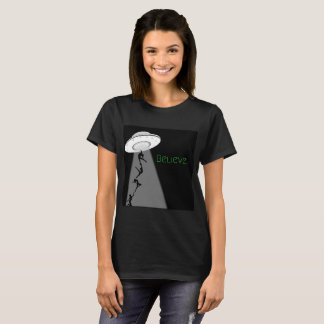 Dancer alien abduction T-Shirt