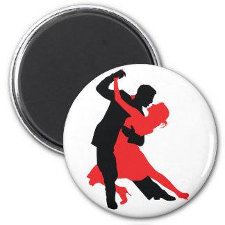 Dancers 1 6 cm round magnet