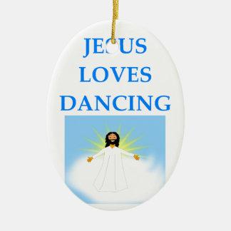 DANCING CHRISTMAS ORNAMENT