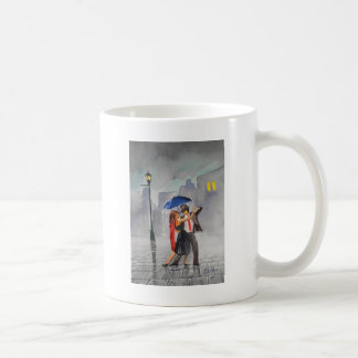 DANCING COUPLE UMBRELLA BASIC WHITE MUG