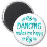 Dancing Makes Me Happy 6 Cm Round Magnet