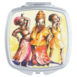 Dancing women travel mirrors