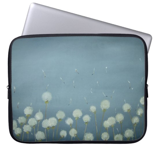 Dandelions Going To Seed!!! Laptop Sleeve