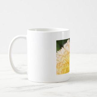 Dandy Daisy Mug