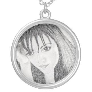 Dark Beauty Round Pendant Necklace