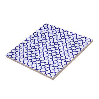 Dark Blue White Quatrefoil Tile