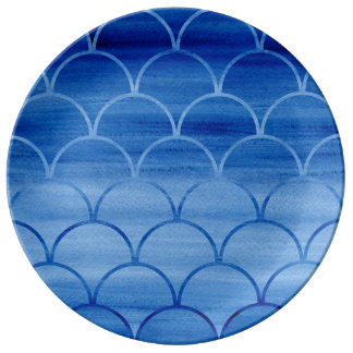 Dark to Light Blue Scale Pattern Porcelain Plate