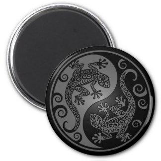 Dark Yin Yang Geckos Magnet
