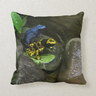Dart Frog Buddies Cushion