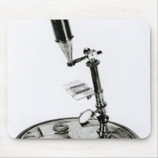 Darwin's microscope mouse mat