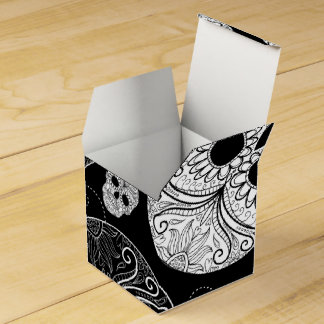 Day of the Dead Mosaic Art Black & White Favour Box
