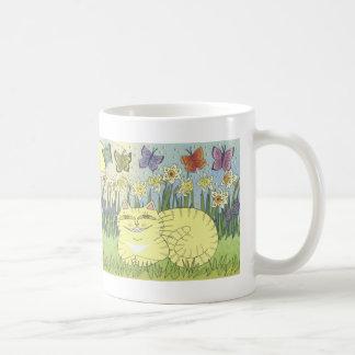Daydream of the Daffodil Tabby Mugs