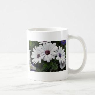 Dazzle Daisy Basic White Mug