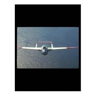 De Havilland Vampire. (water_Military Aircraft Postcard