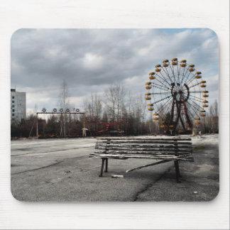 Dead Ferris Wheel Mouse Mat