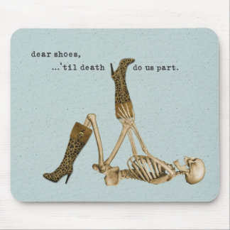 Dear Shoes Skeleton in Love Mouse Mat