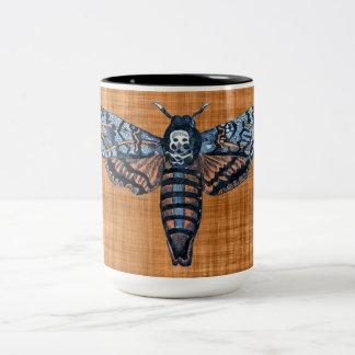 Death's Head Moth, aka Sphinx atropo moth Two-Tone Mug
