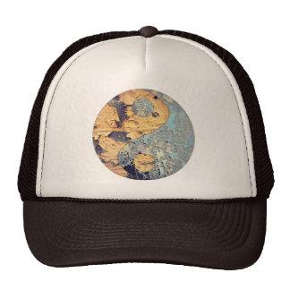 Decay Yin Yang Hat