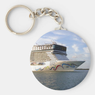 Decorated Cruise Ship Bow Basic Round Button Key Ring