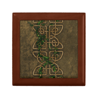 Decorative Celtic Knots With Ivy Gift Box