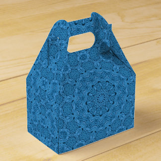 Decorative Knot Kaleidoscope Gable Favor Box