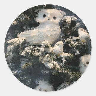 Decorative owl on christmas tree round stickers