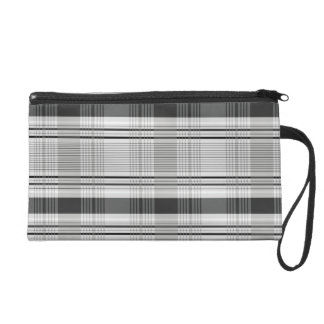 Decorative plaid pattern wristlet purse