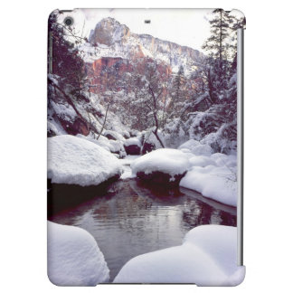 Deep snow at Middle Emerald Pools