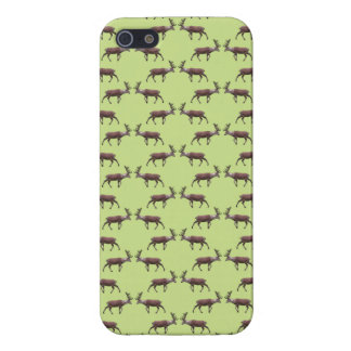 Deer Stag Pattern on Green. iPhone 5/5S Cover