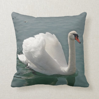 Dekokissen white swan cushion