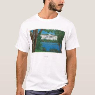Delaware Park Historical Bldg and Lake View T-Shirt
