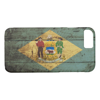 Delaware State Flag on Old Wood Grain iPhone 7 Case