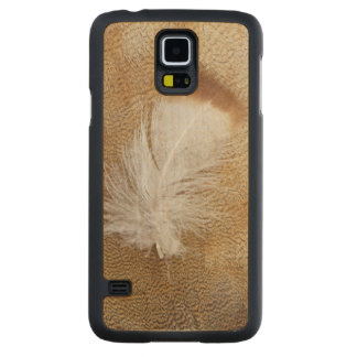 Delicate Goose Feathers Carved Maple Galaxy S5 Case