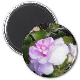Delicate Pink Flower 6 Cm Round Magnet
