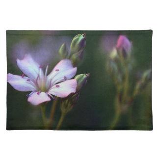 Delicate Pink Flower Place Mat Design