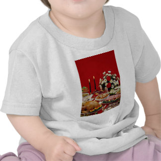 Delicious Ham slices turkey roast and fixings Tshirts